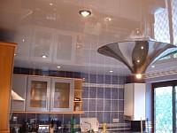 Натяжные потолки в маленькой кухне Киев