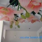 Натяжные потолки в спальной комнате